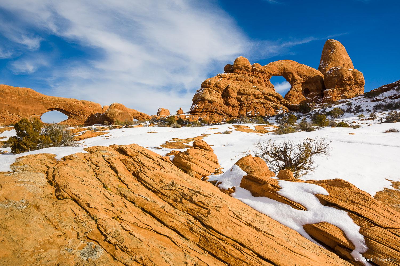 MT-20080126-144331-0131-Utah-Arches-National-Park-Turret-Arch-snow.jpg