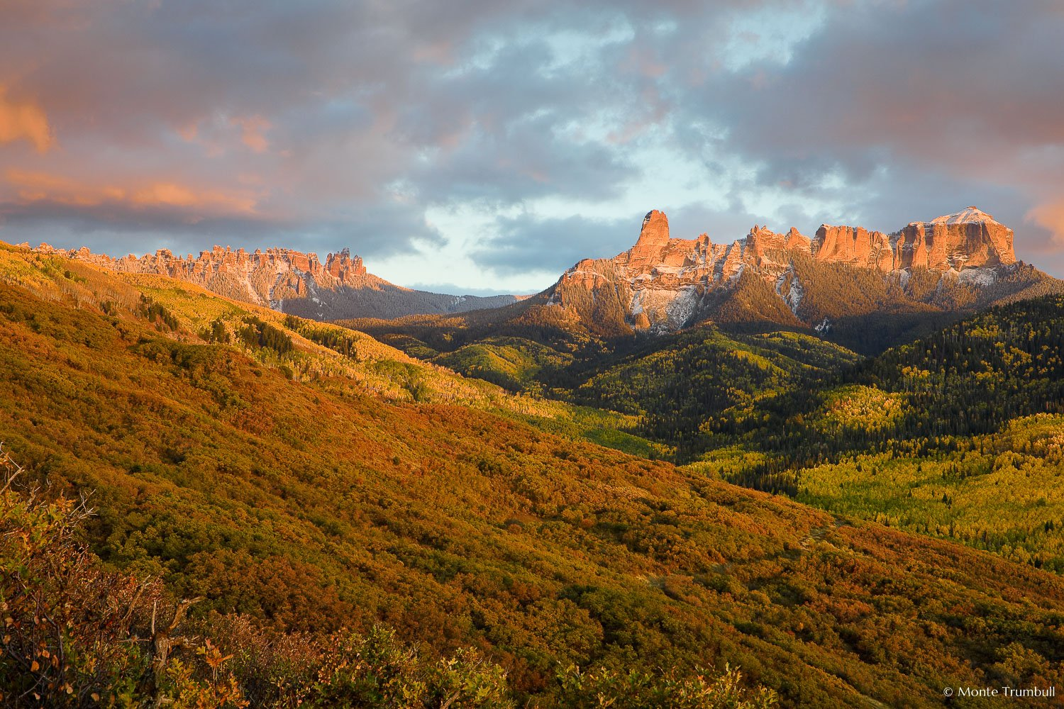 MT-20081006-184055-0180-Edit-Colorado-Ridgway-Courthouse-Mountain-Chimney-Rock-fall-colors-sunset.jpg