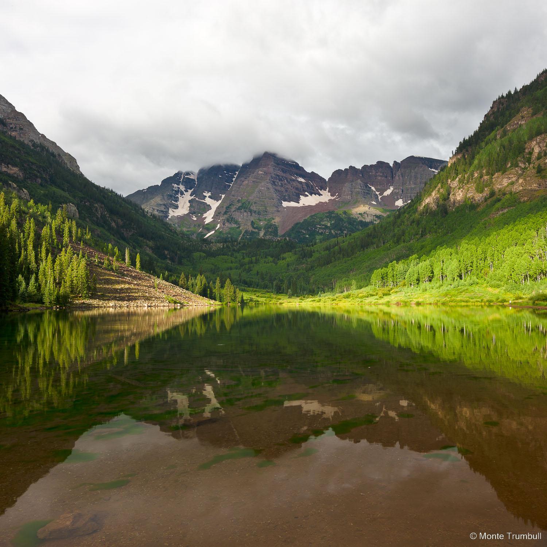 MT-20110815-075620-0020-Colorado-Aspen-Maroon-Bells-lake-refelction.jpg
