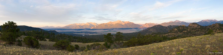 MT-20110820-063225-0001-Colorado-Buena-Vista-Collegiate-Peaks-summer-sunrise.jpg