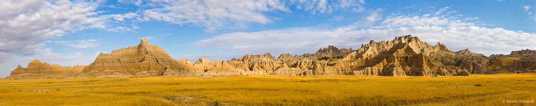 MT-20120907-083108-0001-pano5-South-Dakota-Badlands-National-Park-panorama.jpg