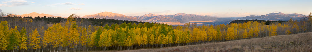 MT-20100922-071003-0059-Pano13-Colorado-Buena-Vista-Aspen-Ridge-Collegiate-Peaks-fall-sunrise.jpg