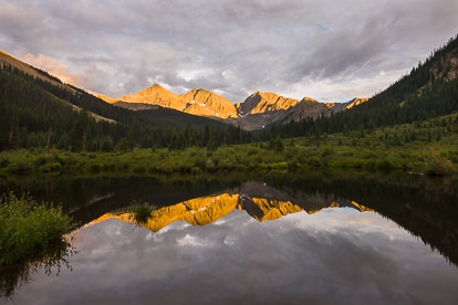 MT-20120716-201137-0026-Three-Apostles-sunset-reflection.jpg