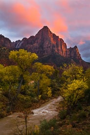 MT-20121109-182631-0001-Edit-Utah-Zion-National-Park-Watchman-sunset-pink-cloud.jpg