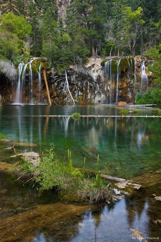 MT-20090804-071029-0014-Colorado-Glenwood-Springs-Hanging-Lake-water.jpg