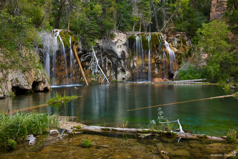 MT-20090804-075707-0049-Blend-Colorado-Glenwood-Springs-Hanging-Lake-water.jpg