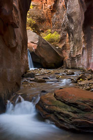 MT-20101103-160524-0089-Utah-Kanarra-Creek-waterfall-fall-color.jpg