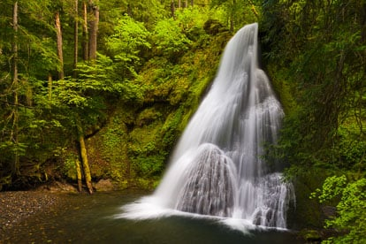 MT-20130530-105748-0008-Yakso-Falls-Umpqua-National-Forest-Oregon-spring.jpg