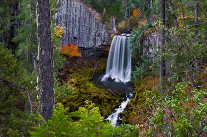 MT-20181020-082834-0018-Warm-Springs-Falls-Umpqua-National-Forest-Oregon-Autumn.jpg