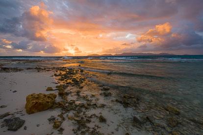 MT-20090204-064915-0019-Anguilla-Merrywing-Bay-sunrise.jpg