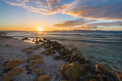 MT-20110216-064544-0052-Anguilla-Merrywing-Bay-sunrise.jpg