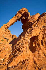MT-20080131-071845-Nevada-Valley-of-Fire-State-Park-Elephant-Arch.jpg