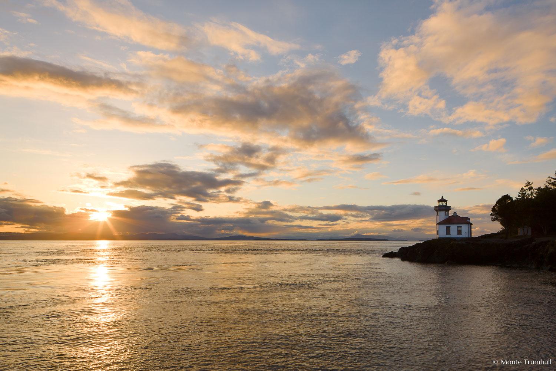 MT-20080408-192928-0011-Edit-Washington-San-Juan-Islands-Lime-Kiln-Lighthouse-sunset.jpg