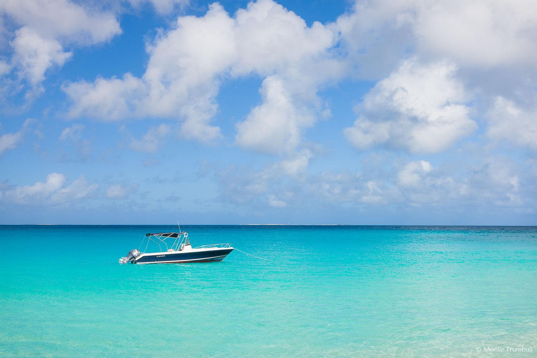 MT-20110211-100959-0013-Anguilla-Lower-Meads-Bay-speedboat.jpg