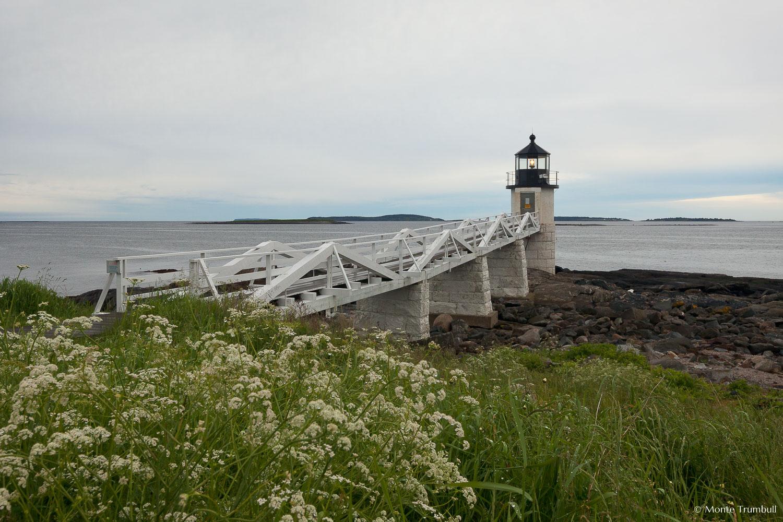 MT-20110615-055008-0008-Maine-Marshall-Point-Light-cloudy-morning-flowers.jpg
