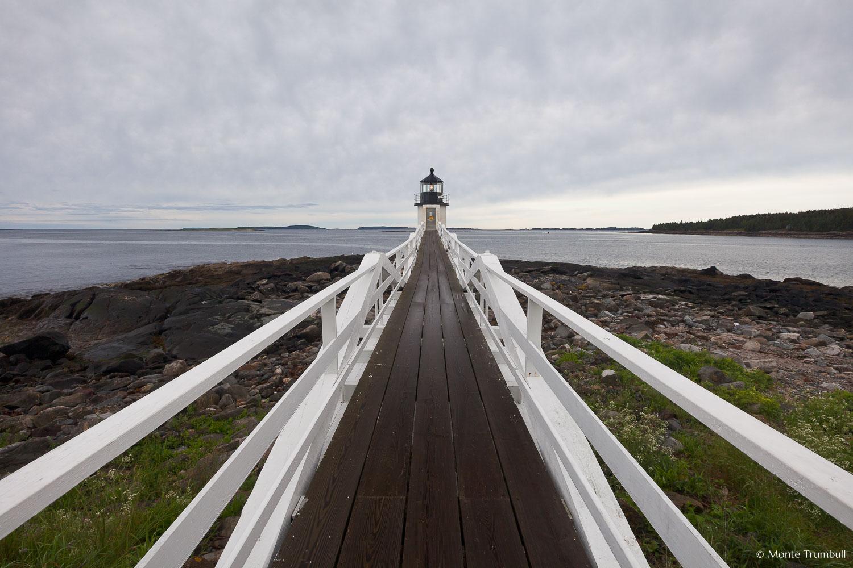 MT-20110615-064344-0036-Maine-Marshall-Point-Light-cloudy-morning.jpg
