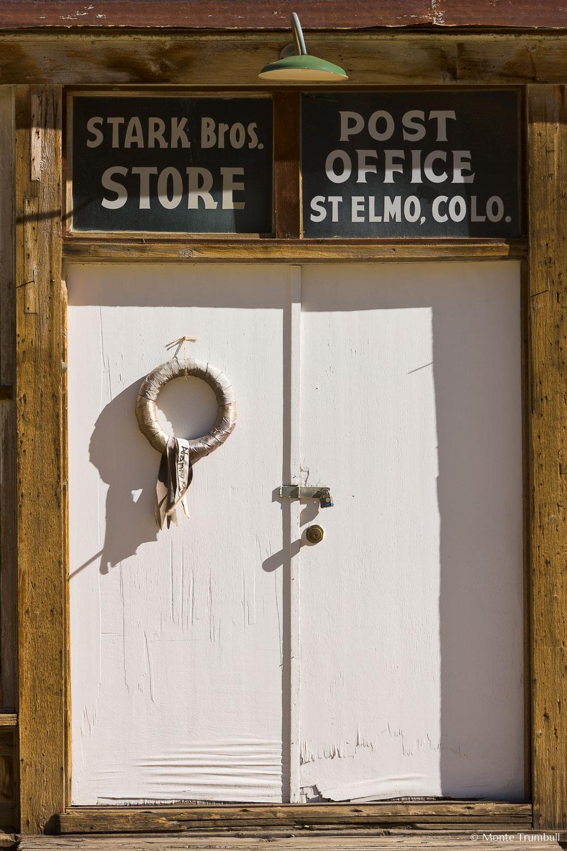 MT-20110820-091454-0106-Colorado-St-Elmo-ghost-town-old-building-door.jpg