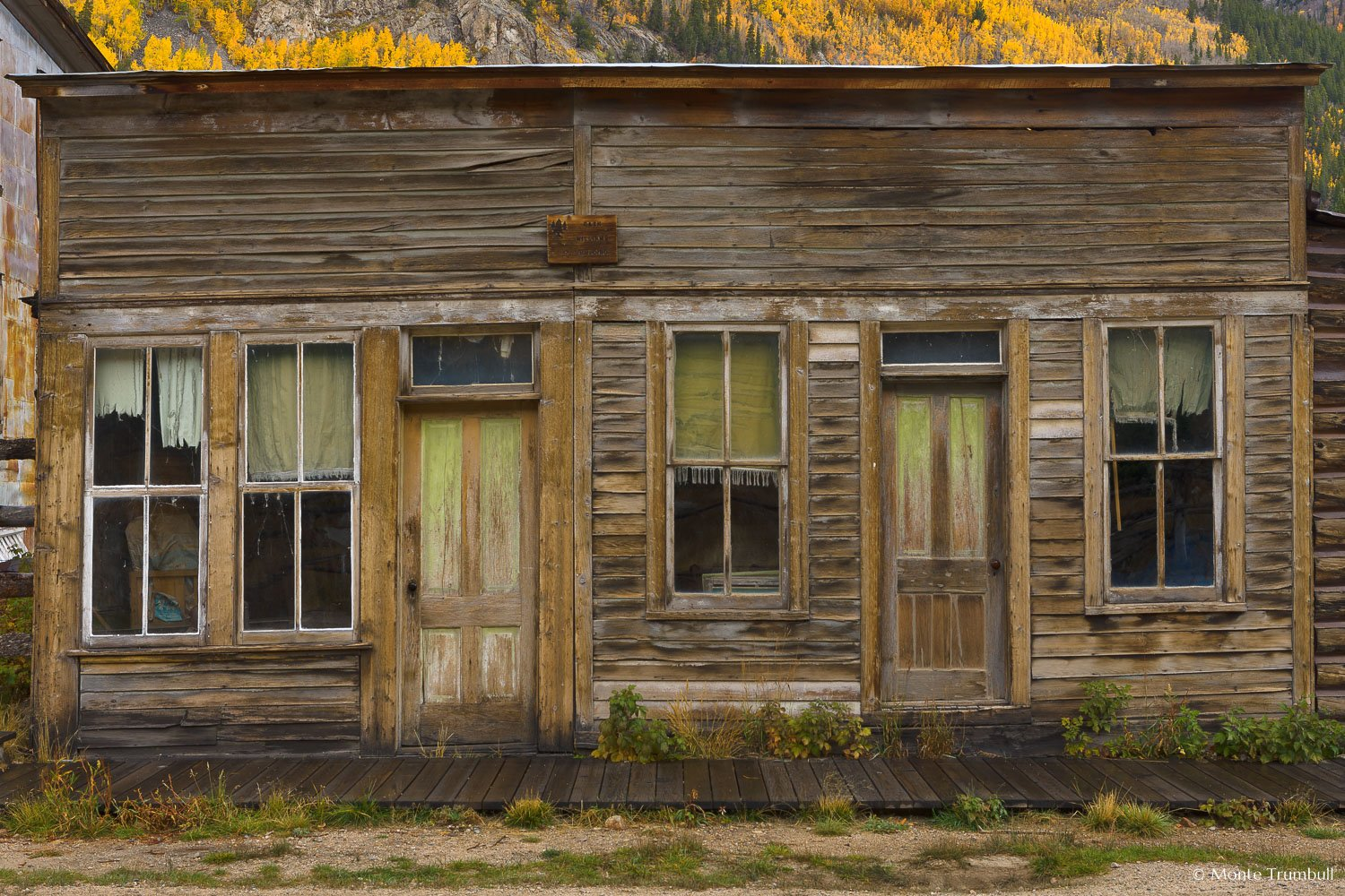 MT-20111004-090657-0035-Colorado-St-Elmo-ghost-town-old-building-fall.jpg