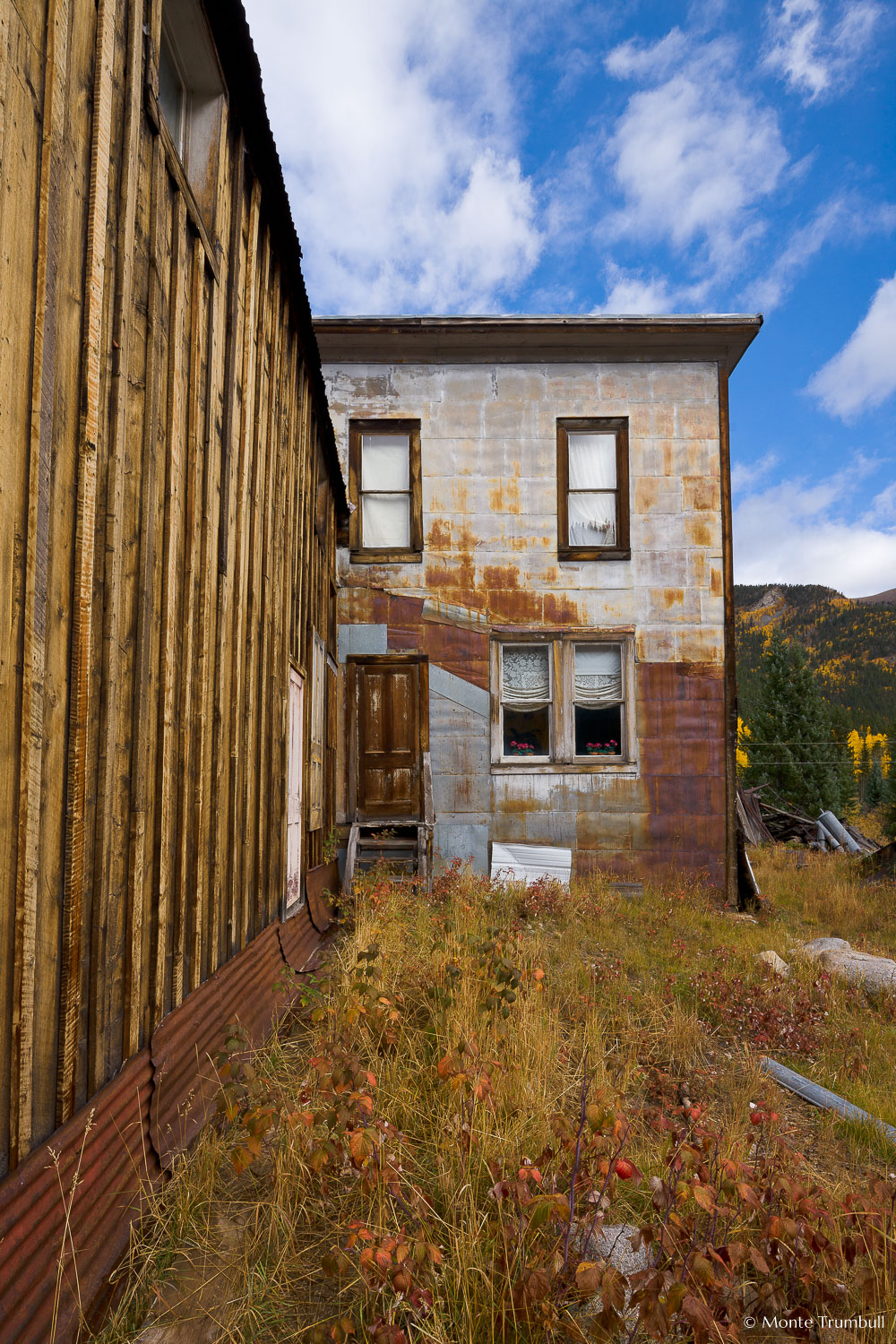 MT-20111004-092614-0041-Colorado-St-Elmo-ghost-town-old-building.jpg