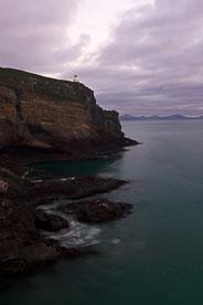 MT-20090412-070021-0016-New-Zealand-South-Island-Taiaroa-Head-Lighthouse-sunrise.jpg