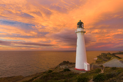 MT-20090428-065322-0001-New-Zealand-North-Island-Castlepoint-Lighthouse-sunrise.jpg