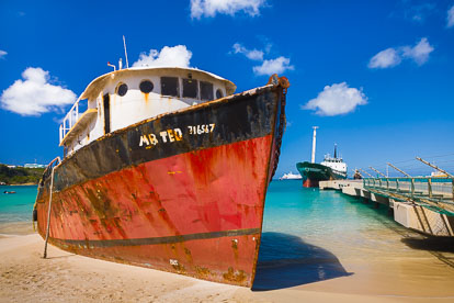 MT-20110217-104306-0102-Anguilla-Road-Bay-grounded-ship.jpg