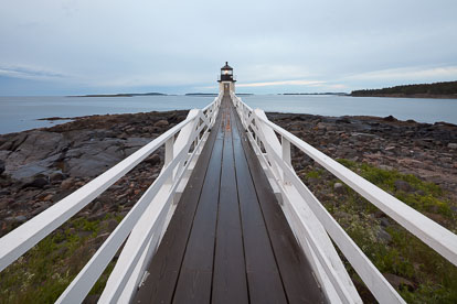 MT-20110615-050650-0001-Maine-Marshall-Point-Light-cloudy-morning.jpg