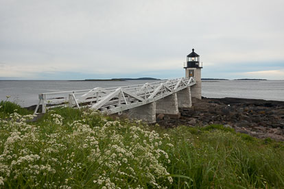 MT-20110615-055008-0008-Maine-Marshall-Point-Light-cloudy-morning-flowers.jpg
