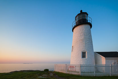 MT-20110616-051204-0011-Maine-Pemaquid-Point-Light-sunrise.jpg