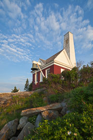 MT-20110616-055245-0017-Maine-Pemaquid-Point-Light-bellhouse-morning.jpg