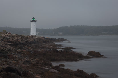 MT-20110618-050051-0005-Maine-Fort-Constitution-Light-fog.jpg